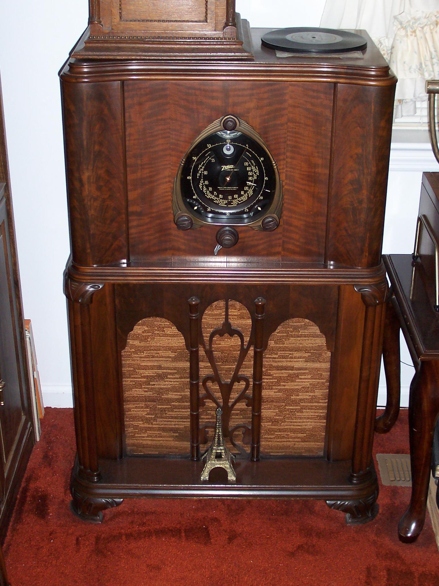 Rick's Antique Radios
